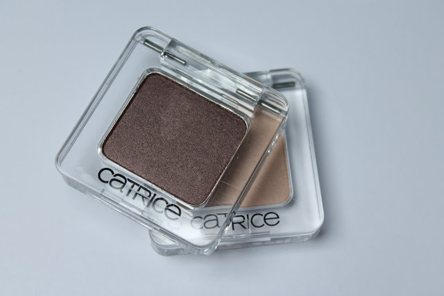REVIEW| Catrice mono eyeshadows (+ look)