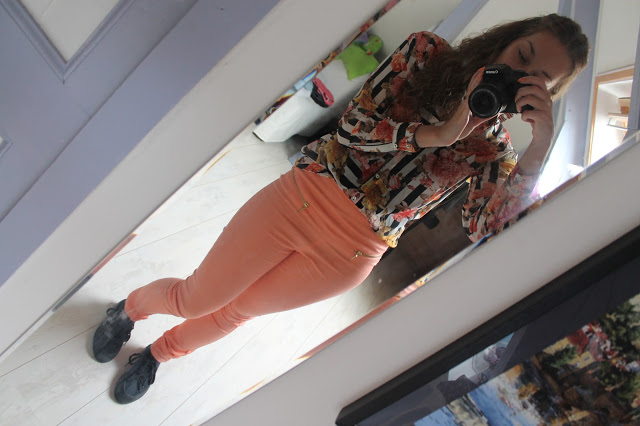 Outfit Of The Day: Peach, flowers and stripes