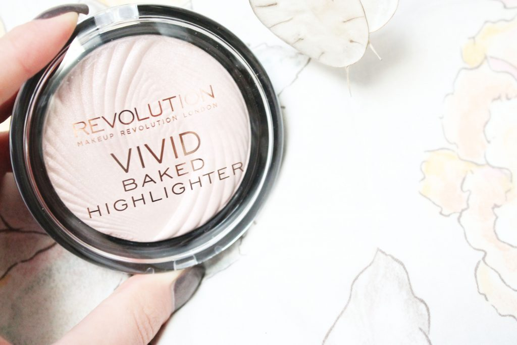 MAKEUP REVOLUTION BAKED HIGHLIGHTER