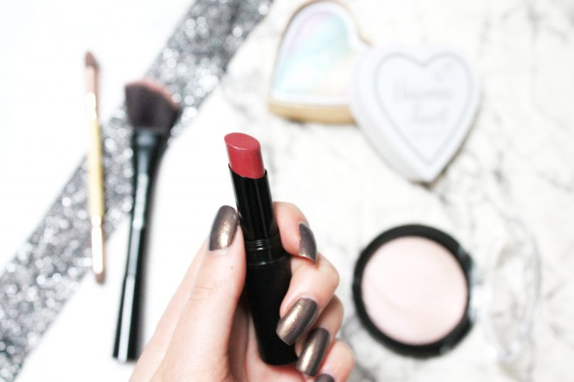 CATRICE ULTIMATE STAY LIPSTICK