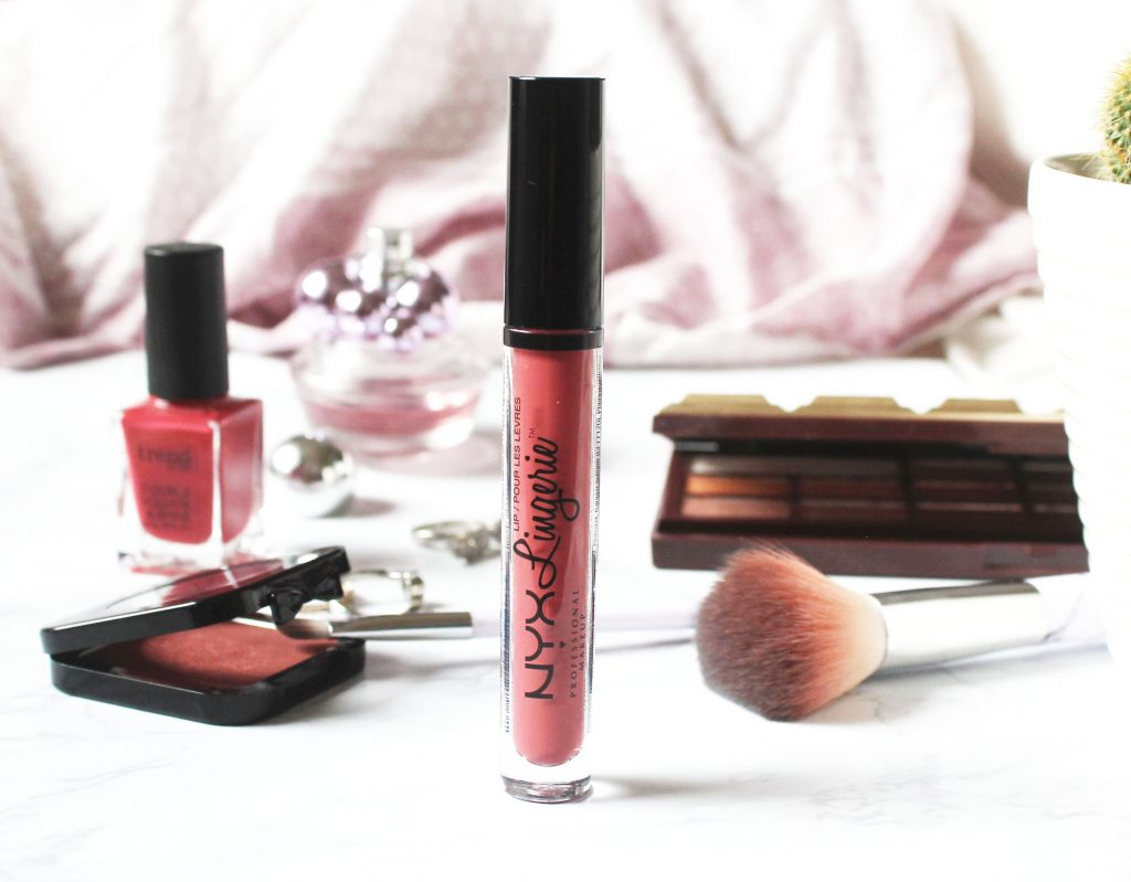 REVIEW   NYX LIP LINGERIE EXOTIC!