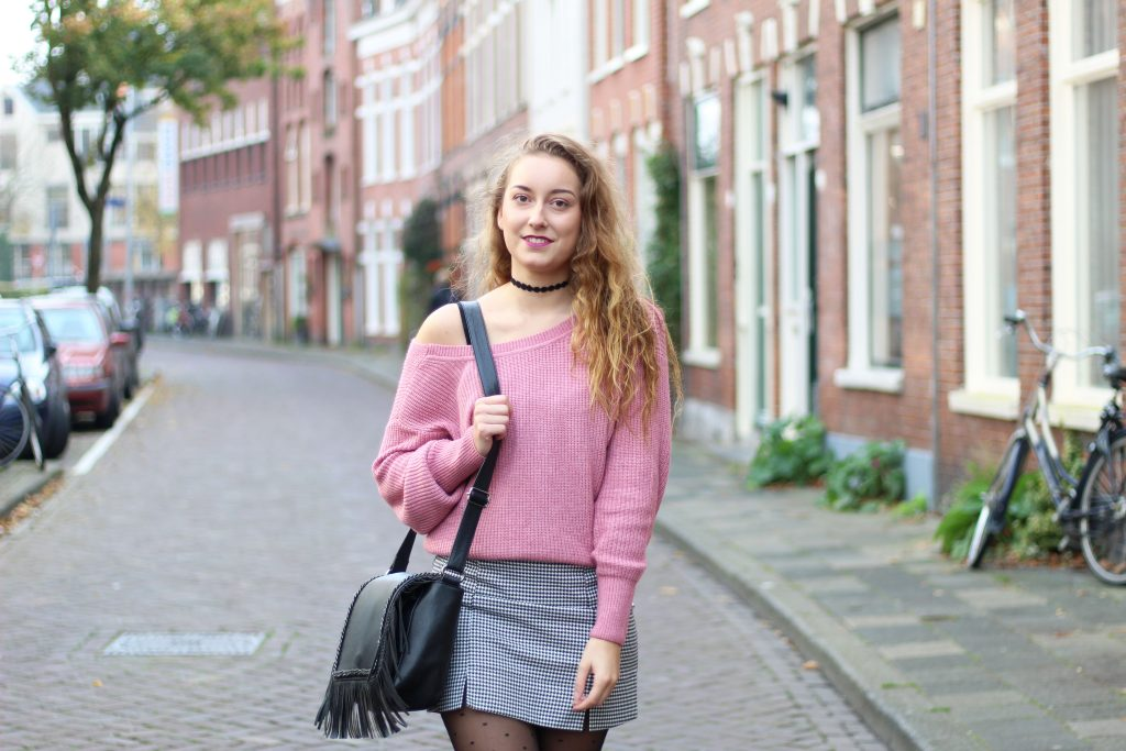 roze sweater
