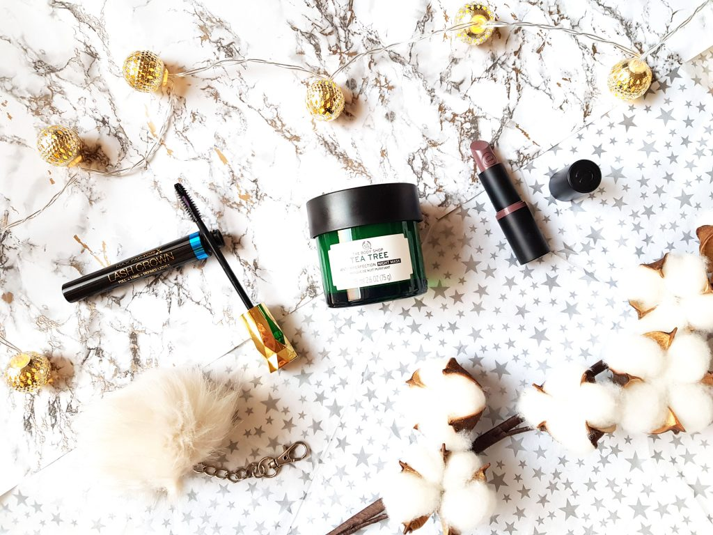 Mixed review | Tea Tree night mask en gekke mascara!?