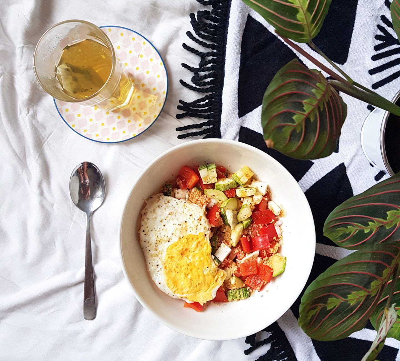 Vega recept #1 | Mijn favoriete, zomerse couscous salade!